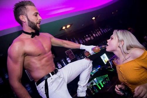 Gogo Danseur EVJF Barman à Lyon