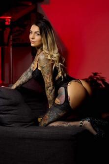 Stripteaseuse à domicile Genève